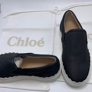 Chloe Womens Waves Black Suede Scalloped Loafers